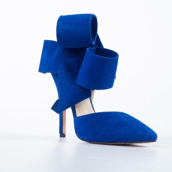 b1c55109ea5 AMINAH ABDUL JILLIL Shoes - Aminah Abdul Jillil Oversized Bow Pumps